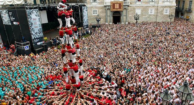 Barcelona En Agosto Festes De Gràcia Sants Y Luego La Mercè